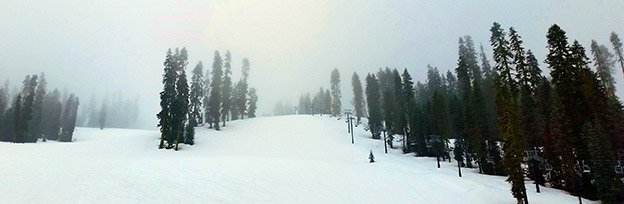 Skier à Yosemite Valley