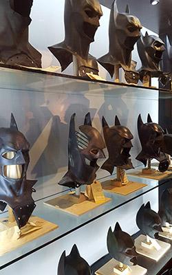 Masques originaux de Batman à Warner Bros Studio