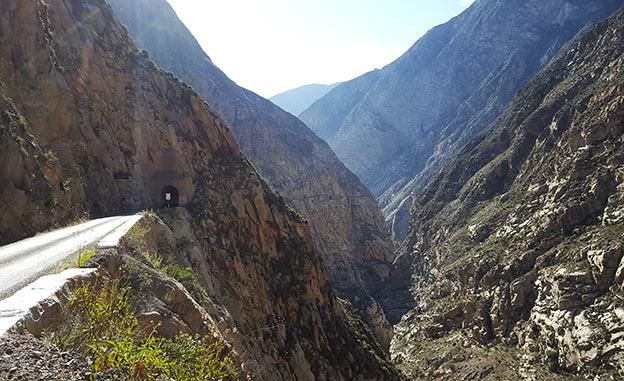 Le Canyon del Pato dans la Cordillère Blanche