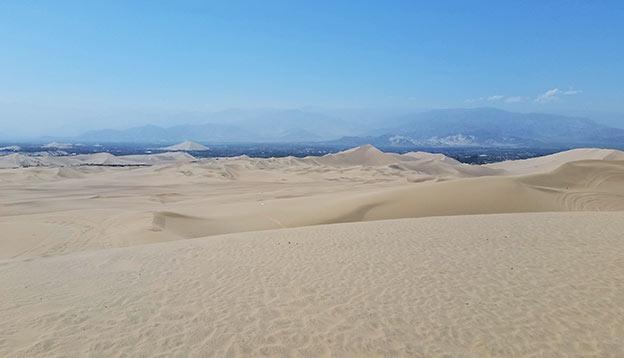 Choses à faire au Pérou : Jouer dans le désert de Ica