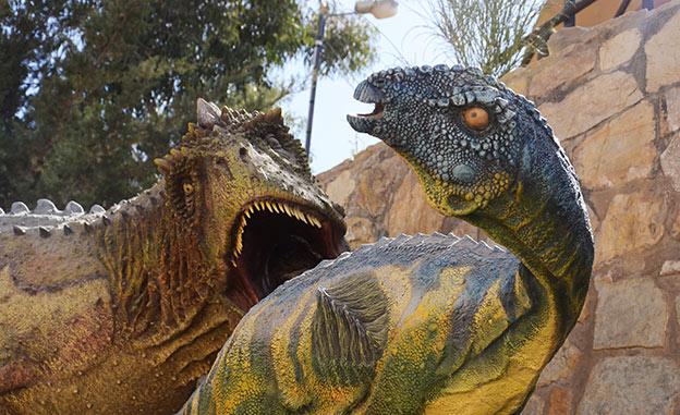 Sur les traces des dinosaures en Bolivie